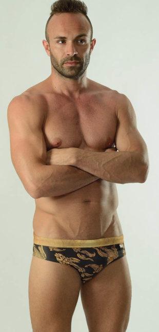 Černo-zlaté pánské slipové plavky GERONIMO